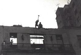 Militares depredam a sede da UNE após o golpe_II