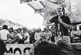 Depois do exílio no Chile, Serra retornou à UNE, em 1979, para abrir o 31° congresso da entidade, na Bahia