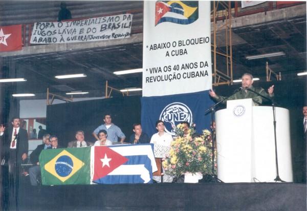 Fidel Castro no 46º congresso UNE - BH, 1999