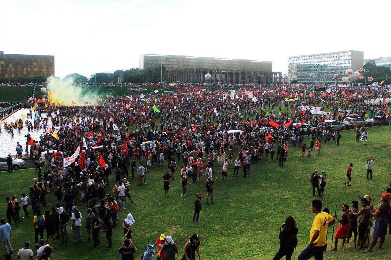 Brasilia-contraPEc