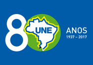 Logo-Une-80-fundo-verde-8-branco-AZUL