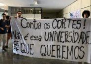 estudantes-ocupam-reitoria-da-ufg-em-protesto-contra-cortes-na-educacao
